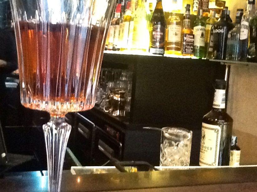 Le origini del manhattan cocktail gianpaolo giacobbo for Manhattan cocktail storia